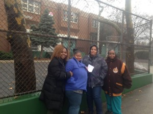 Gwendolyn Booker, Alicia Williams and Linda Owens of the MIller Street PTA with Donna Jackson