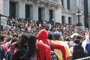 Thousands of students at City Hall