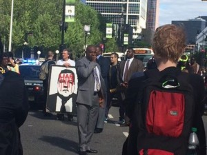 Mayor Baraka joins the march
